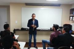 Treinamento sobre a arte de falar em público..00_00_01_12.Quadro001
