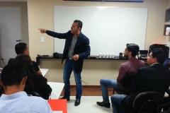 Treinamento sobre a arte de falar em público..00_04_00_06.Quadro009